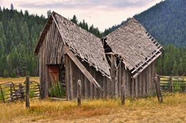 old barn photo abandoned Lassoing Photo Ops in Lassen County