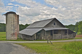 rural americana barn Solo expedition in Dixie proves rich in memories, keeper images